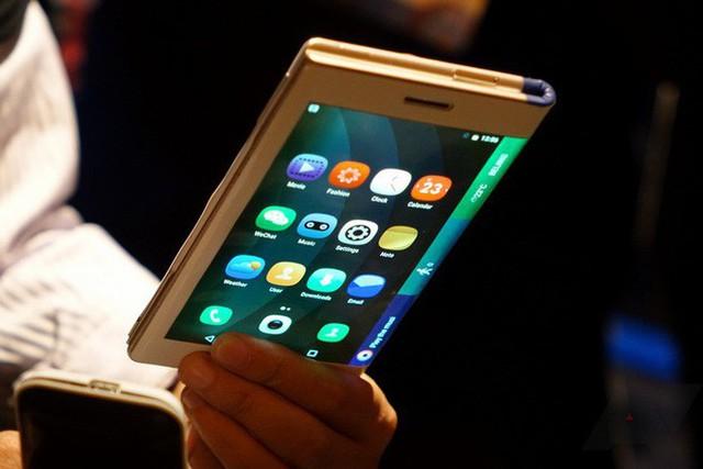 Chiếc smartphone sáng tạo nhất của Samsung sẽ gặp phải một thách thức vô cùng lớn từ Huawei
