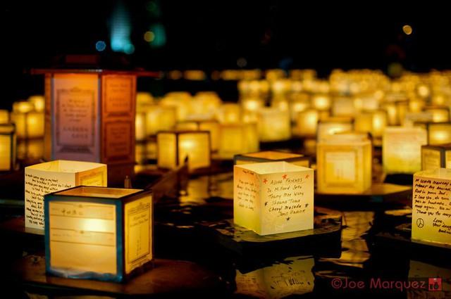 Lễ hội đèn lồng đặc biệt của người Hawaii - Ảnh 1.