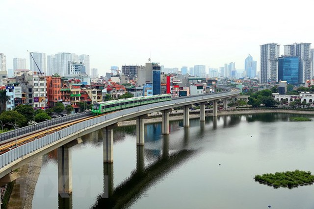 Cận cảnh chạy thử đoàn tàu tuyến đường sắt đô thị Cát Linh-Hà Đông - Ảnh 2.