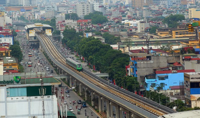 Cận cảnh chạy thử đoàn tàu tuyến đường sắt đô thị Cát Linh-Hà Đông - Ảnh 4.