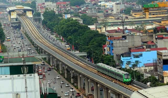 Cận cảnh chạy thử đoàn tàu tuyến đường sắt đô thị Cát Linh-Hà Đông - Ảnh 6.