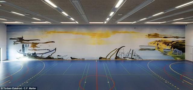 Nhà tù nhân đạo nhất thế giới ở Đan Mạch: Khuôn viên như khách sạn 5 sao, tù nhân thoải mái sinh hoạt và giải trí như ở nhà - Ảnh 13.