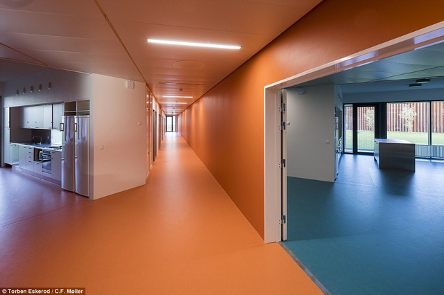 Nhà tù nhân đạo nhất thế giới ở Đan Mạch: Khuôn viên như khách sạn 5 sao, tù nhân thoải mái sinh hoạt và giải trí như ở nhà - Ảnh 6.