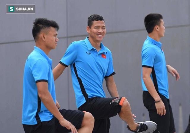 Chê sân tập quá xa, U23 Việt Nam bị chủ nhà Indonesia đổi cho sân khác còn xa hơn - Ảnh 2.