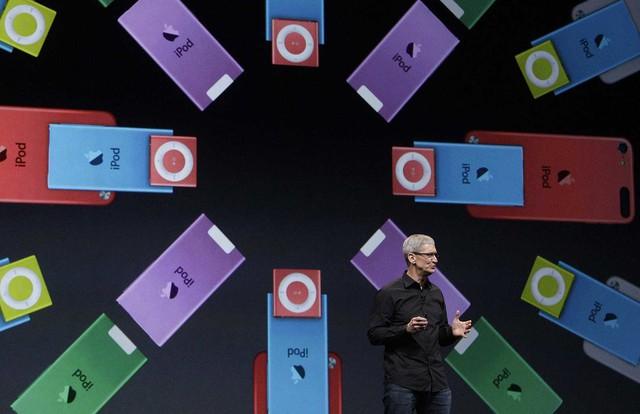 Tim Cook: Từ dấu hỏi khi thay thế Steve Jobs đến người đưa Apple đạt kỷ lục lịch sử - Ảnh 4.