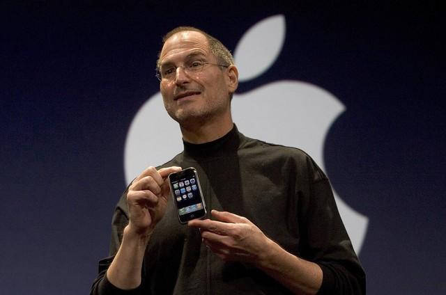 Tim Cook: Từ dấu hỏi khi thay thế Steve Jobs đến người đưa Apple đạt kỷ lục lịch sử - Ảnh 5.