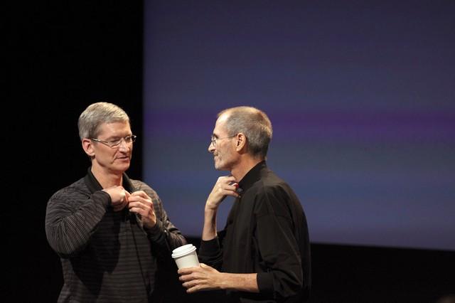 Tim Cook: Từ dấu hỏi khi thay thế Steve Jobs đến người đưa Apple đạt kỷ lục lịch sử - Ảnh 6.
