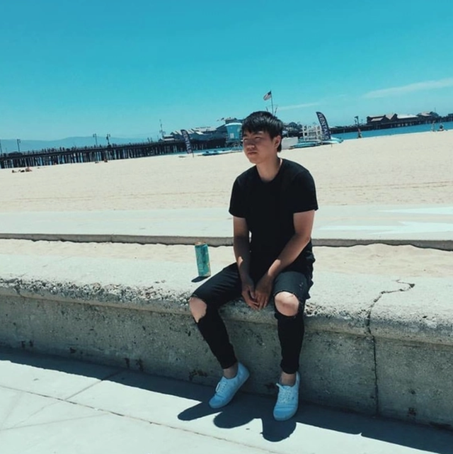 Những Vlogger hot nhất một thời đang làm gì? - Ảnh 25.