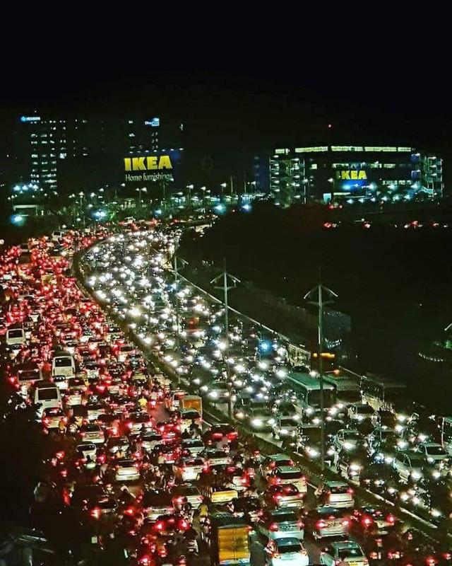 """đầu tư giá trị - photo 1 15344706441621716900860 - Quảng cáo quá thành công, IKEA phải ra thông báo """"đuổi khách"""" trong tuần đầu khai trương cửa hàng tại Ấn Độ"""