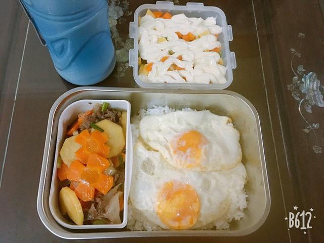 Vợ chuẩn bị đồ ăn vừa ngon vừa bắt mắt, anh chồng mắc cỡ chỉ dám len lén mở ra vào mỗi bữa trưa - Ảnh 7.