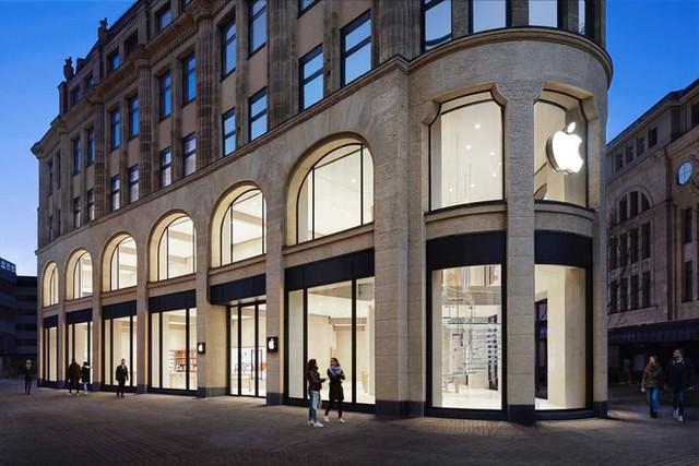 đầu tư giá trị - photo 1 15331881443131213143653 - Cùng dạo qua 8 cửa hàng Apple hoành tráng nhất trên thế giới