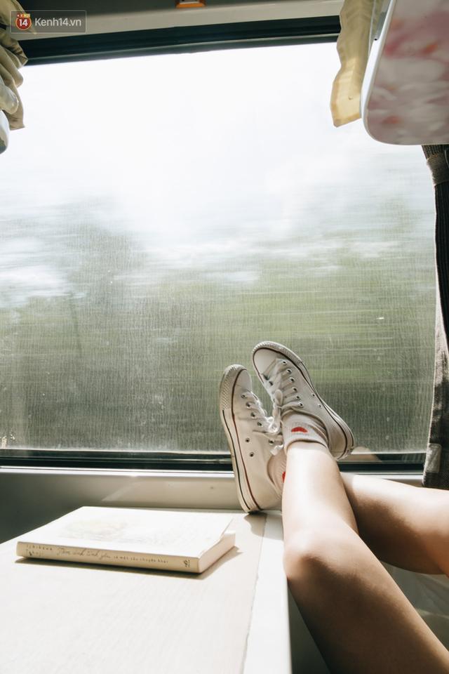 Hãy thử 1 lần đi du lịch bằng tàu hoả để tận hưởng cảm giác mùa hè lướt ngoài cửa sổ - Ảnh 12.