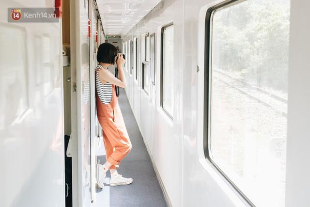 Hãy thử 1 lần đi du lịch bằng tàu hoả để tận hưởng cảm giác mùa hè lướt ngoài cửa sổ - Ảnh 9.