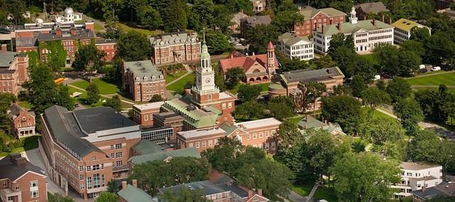 đầu tư giá trị - photo 3 15352649638311157417396 - Những trường Đại học đắt đỏ nhất thế giới, học phí cả tỷ đồng, chỉ dành cho hội rich kids