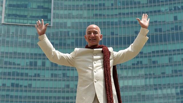 Jeff Bezos đã đưa Amazon trở thành nhà bán lẻ hàng đầu thế giới như thế nào? - Ảnh 4.