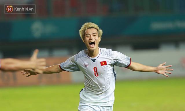 Cận cảnh bàn thắng vàng của Văn Toàn đưa Việt Nam vào bán kết ASIAD 2018 - Ảnh 2.