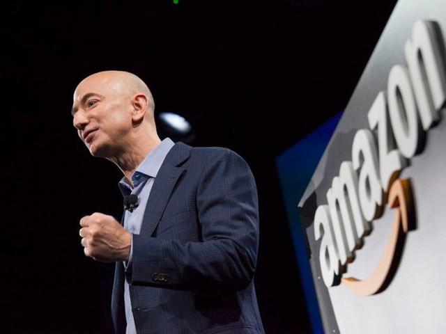 Không làm từ thiện nhiều như Bill Gates, người giàu nhất thế giới Jeff Bezos sử dụng 150 tỷ USD tài sản của mình như thế nào? - Ảnh 16.