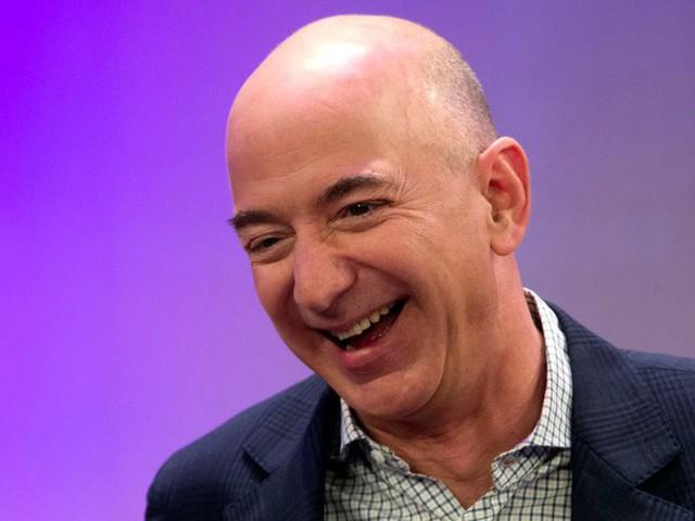 Không làm từ thiện nhiều như Bill Gates, người giàu nhất thế giới Jeff Bezos sử dụng 150 tỷ USD tài sản của mình như thế nào? - Ảnh 3.