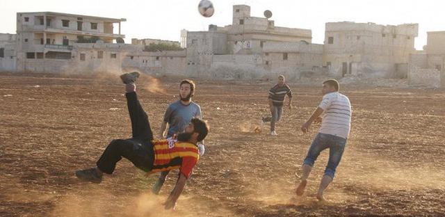 Chuyện ở những quốc gia có tình yêu bóng đá mãnh liệt không kém gì Việt Nam - Ảnh 12.