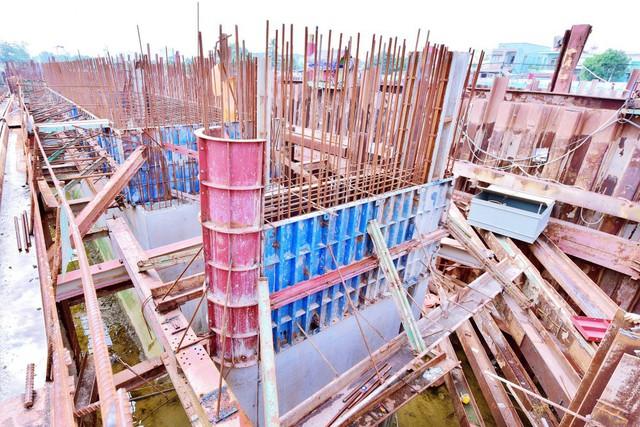 Chùm ảnh: Toàn cảnh sự bất động của loạt công trình chống ngập ở Sài Gòn vì... thiếu vốn, không còn bóng công nhân - Ảnh 18.