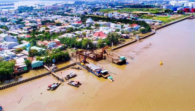 Chùm ảnh: Toàn cảnh sự bất động của loạt công trình chống ngập ở Sài Gòn vì... thiếu vốn, không còn bóng công nhân - Ảnh 9.