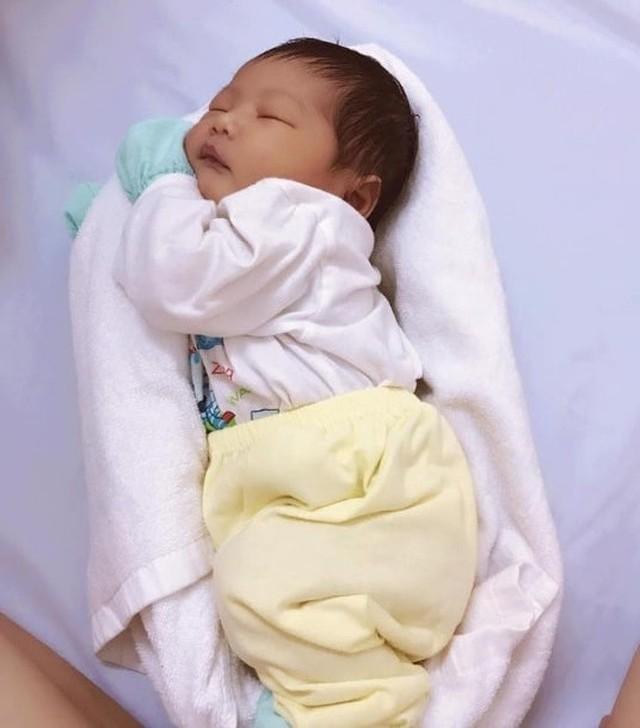 Bà mẹ trẻ Việt Nam được 16 triệu phụ huynh khắp thế giới cảm ơn nhờ phương pháp ru bé ngủ trong một nốt nhạc - Ảnh 4.
