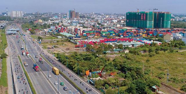HoREA: Thị trường địa ốc Tp.HCM đang giảm tốc - Ảnh 1.