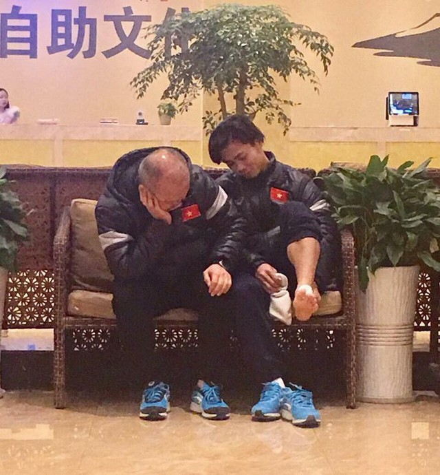 HLV Park Hang Seo và những khoảnh khắc xúc động với bóng đá Việt Nam - Ảnh 2.