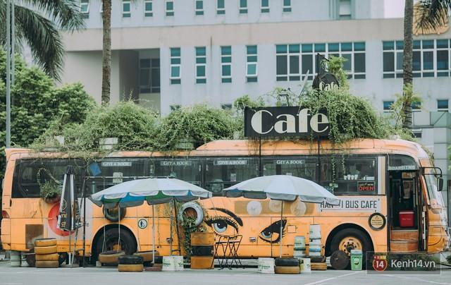Phát hiện quán cà phê bus cực nhiều góc sống ảo ngay tại Hà Nội cho những ai còn băn khoăn cuối tuần không biết đi đâu - Ảnh 1.