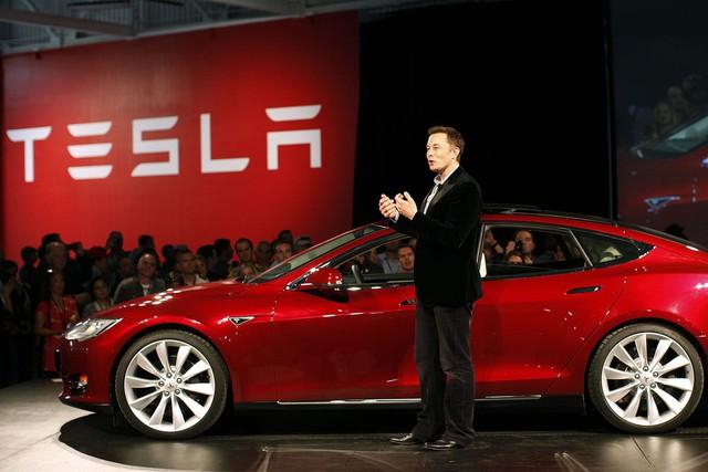Tại sao Elon Musk lại muốn mua lại toàn bộ Tesla - Ảnh 1.