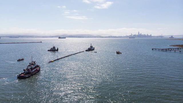 Hệ thống đầu tiên của dự án dọn rác biển The Ocean Cleanup đã chính thức ra khơi, đây là những hình ảnh về nó - Ảnh 8.