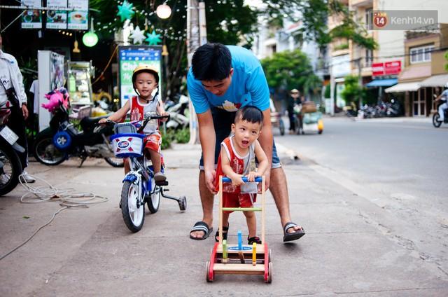 Câu chuyện về người con đặc biệt của vợ chồng thạc sỹ bán chè Sài Gòn: Sự nghiệp có thể làm lại, nhưng con cái thì bố mẹ không có cơ hội thứ 2 - Ảnh 7.