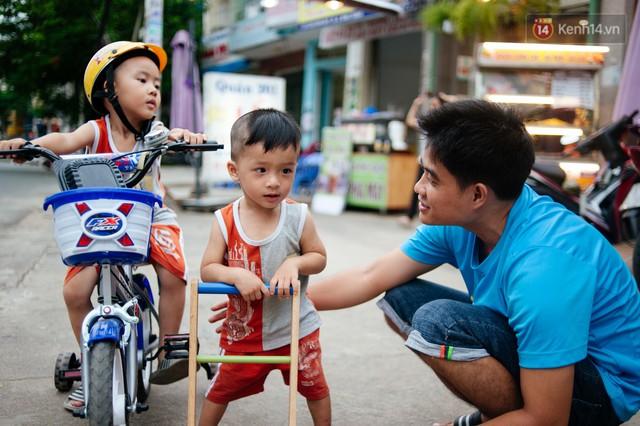 Câu chuyện về người con đặc biệt của vợ chồng thạc sỹ bán chè Sài Gòn: Sự nghiệp có thể làm lại, nhưng con cái thì bố mẹ không có cơ hội thứ 2 - Ảnh 9.