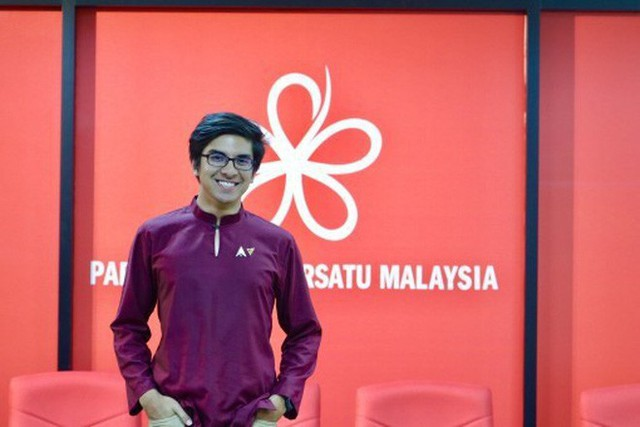 Chàng bộ trưởng Malaysia tuổi 25: Soái ca ngoài đời thực với đam mê chạy bộ và chơi điện tử - Ảnh 4.