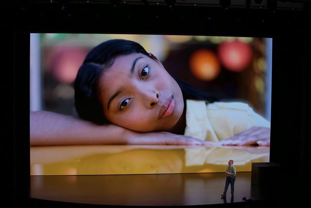 iPhone Xs/Xs Max ra mắt: Màn hình lớn nhất thị trường, thêm màu vàng sang chảnh, chụp ảnh đẹp hơn, có 2 SIM, 512GB dung lượng - Ảnh 13.