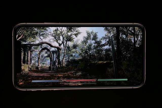 iPhone Xs/Xs Max ra mắt: Màn hình lớn nhất thị trường, thêm màu vàng sang chảnh, chụp ảnh đẹp hơn, có 2 SIM, 512GB dung lượng - Ảnh 16.