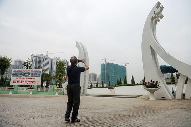Cận cảnh công viên gần 300 tỷ nằm trên đất vàng tại Thanh Xuân - Hà Nội vừa mở cửa - Ảnh 3.