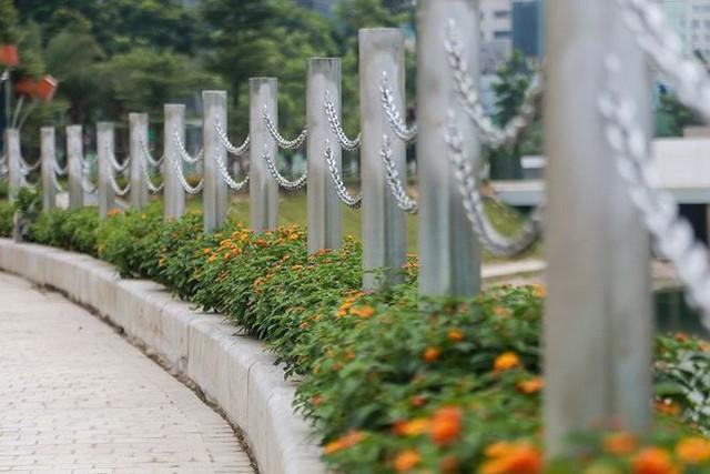 Cận cảnh công viên gần 300 tỷ nằm trên đất vàng tại Thanh Xuân - Hà Nội vừa mở cửa - Ảnh 4.