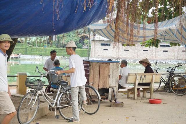 Nơi cả làng ăn thịt chó ngày Tết ở Hà Nội: Đã là tục lệ thì giỗ, Tết nhất định phải có thịt chó để ăn - Ảnh 3.