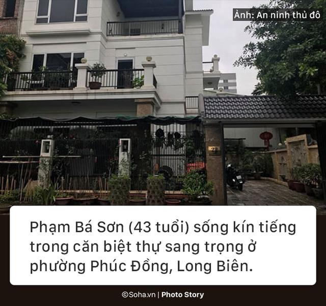 [PHOTO STORY] Gần 200 viên đạn, súng AK và bí mật của ông trùm trong căn biệt thự ở Hà Nội - Ảnh 1.
