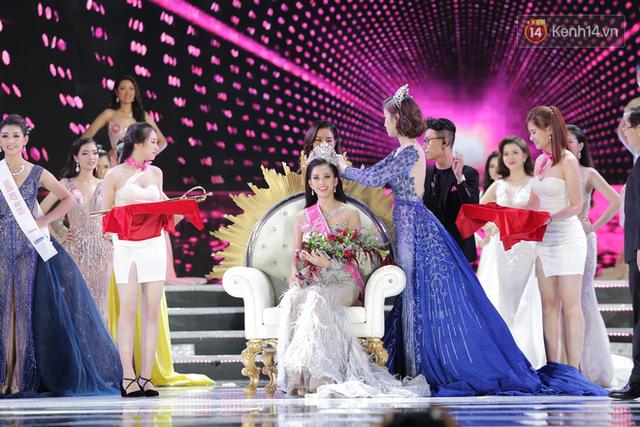 Hành trình nhan sắc của Trần Tiểu Vy toả sáng đến ngôi vị Hoa hậu Việt Nam 2018 - Ảnh 11.