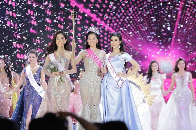 Hành trình nhan sắc của Trần Tiểu Vy toả sáng đến ngôi vị Hoa hậu Việt Nam 2018 - Ảnh 9.