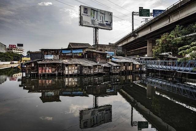 Jakarta: Thành phố chìm nhanh nhất thế giới - Ảnh 1.