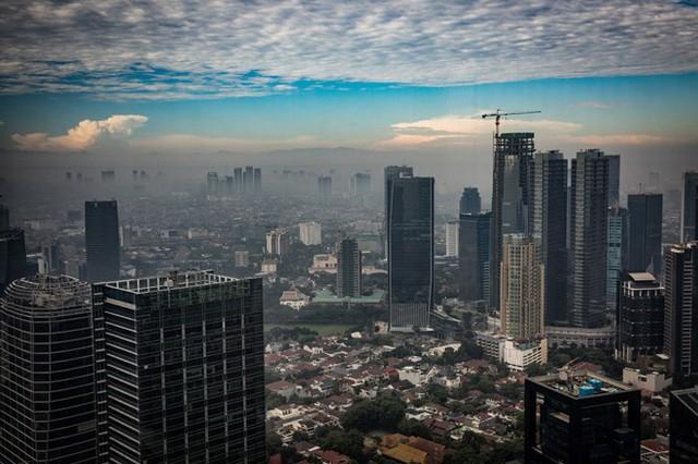 Jakarta: Thành phố chìm nhanh nhất thế giới - Ảnh 3.