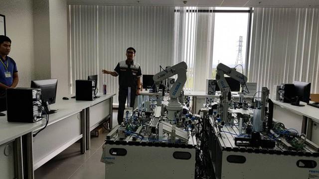 Hình ảnh ấn tượng bên trong nhà máy ô tô VinFast ở Hải Phòng - Ảnh 4.