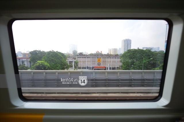 Ảnh, clip: Trải nghiệm bên trong đoàn tàu đường sắt trên cao Cát Linh - Hà Đông ngày chính thức chạy thử - Ảnh 17.