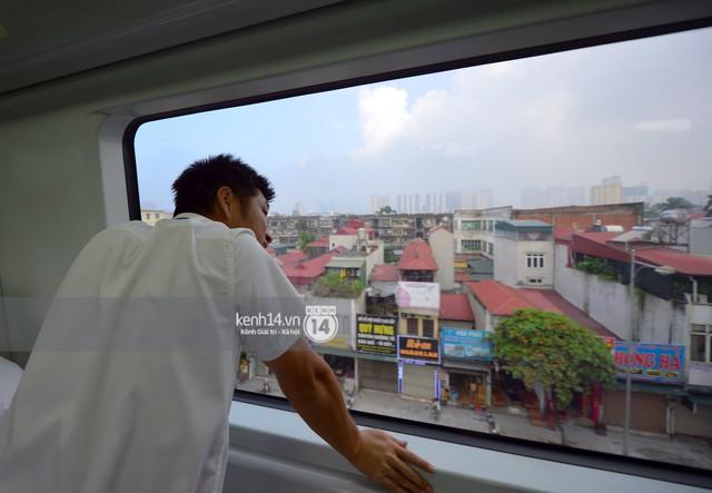 Ảnh, clip: Trải nghiệm bên trong đoàn tàu đường sắt trên cao Cát Linh - Hà Đông ngày chính thức chạy thử - Ảnh 19.