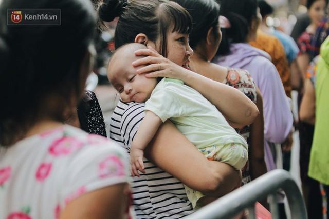 Tình người sau đám cháy Đê La Thành: Đúng là trong hoạn nạn mới biết có nhiều người tốt thế - Ảnh 21.