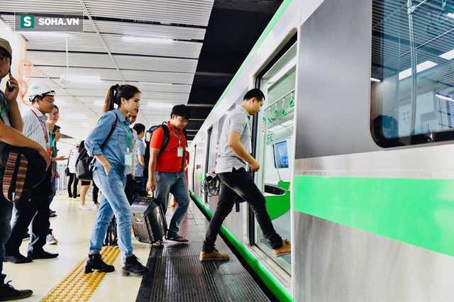 13 đoàn tàu đường sắt Cát Linh - Hà Đông đang chạy thử trong sáng nay - Ảnh 6.