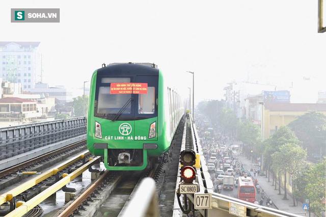 13 đoàn tàu đường sắt Cát Linh - Hà Đông đang chạy thử trong sáng nay - Ảnh 8.